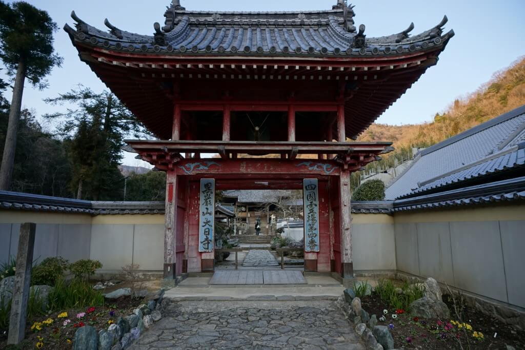 大日寺 鐘楼門