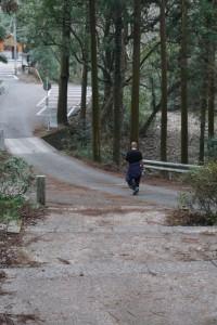 切幡寺 坂道