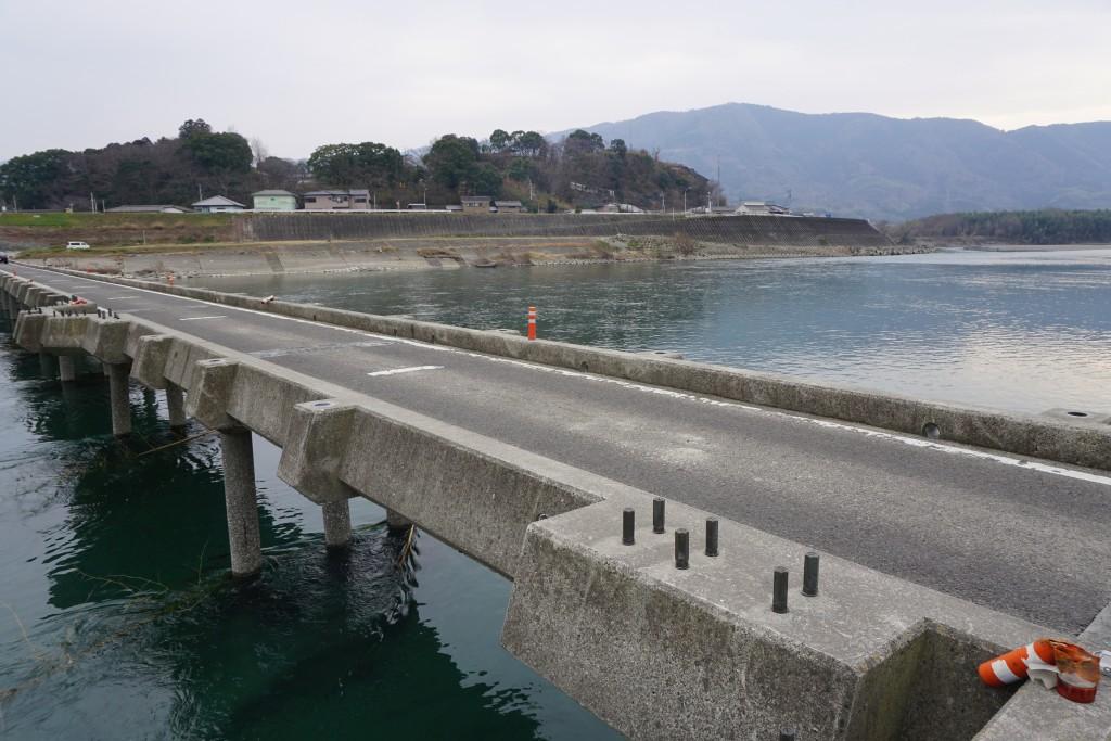 吉野川渡川路2