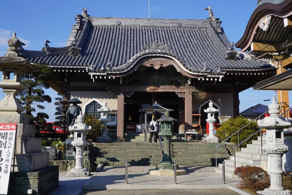 井戸寺 本堂