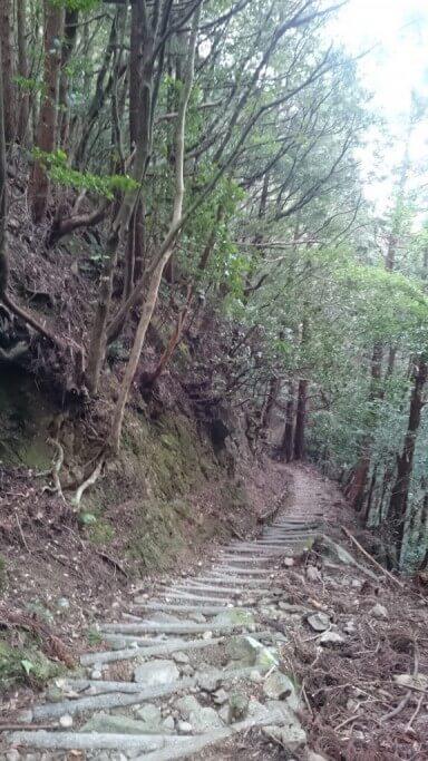 鶴林寺 下り坂
