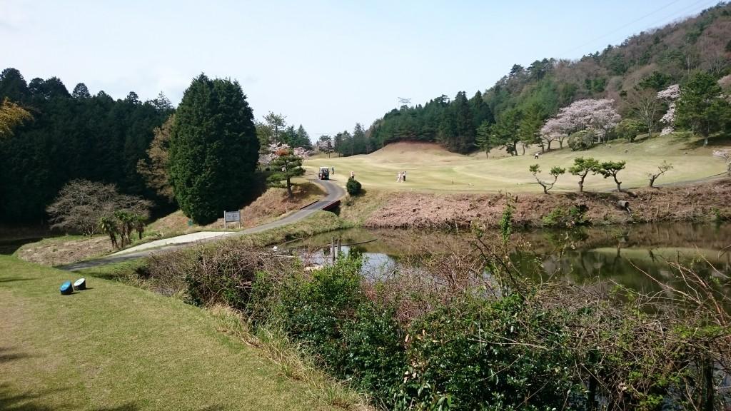 町石道 紀伊高原ゴルフクラブ ティーグラウンド