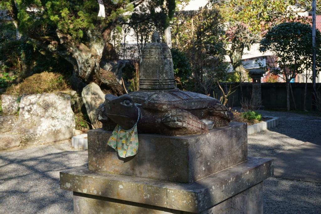 延光寺 赤亀石像 梵鐘