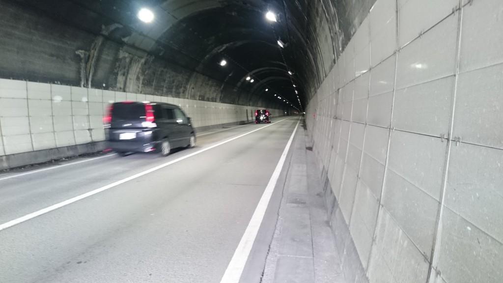 鳥坂トンネル 内部