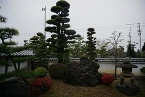西林寺 庭園