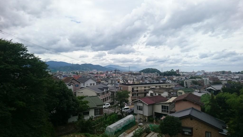 繁多寺 松山市南部の景色