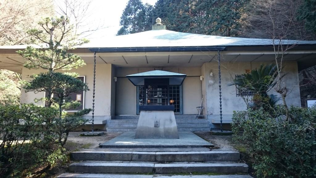 香園寺奥の院 お堂