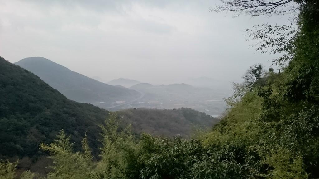 弥谷寺 本堂から下界の景色