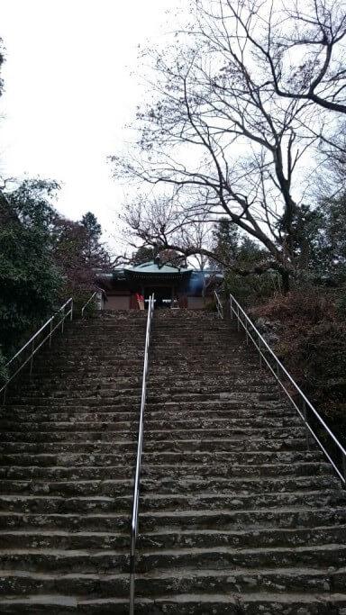 根香寺 本堂 拝殿 石段