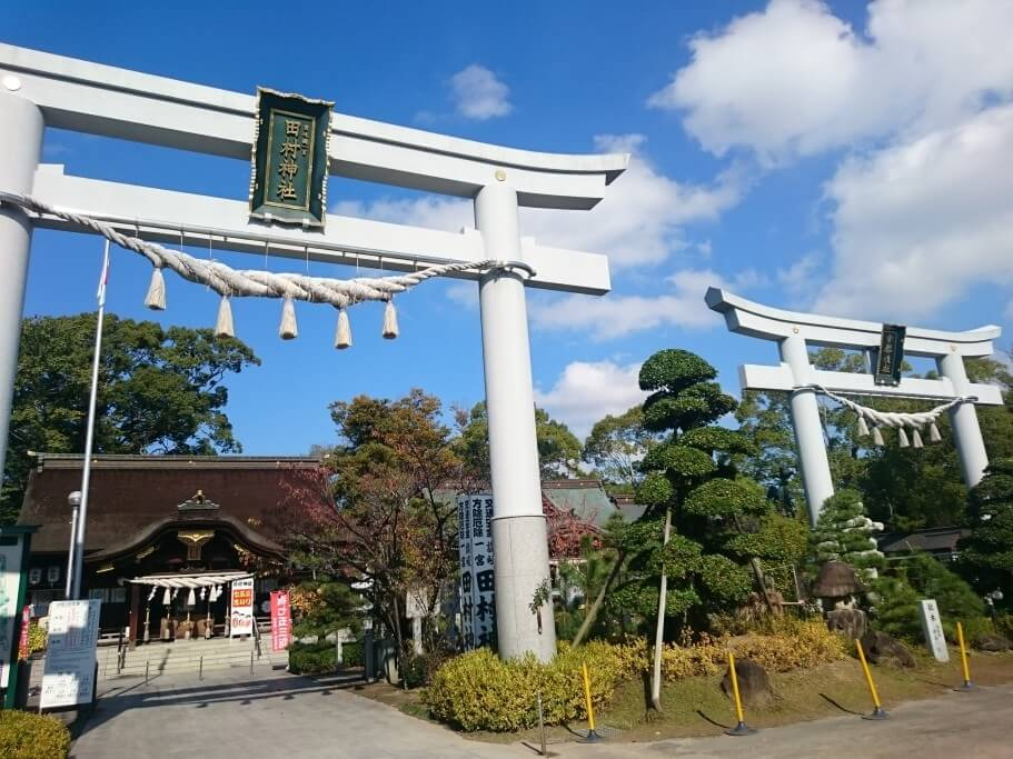 田村神社 本殿 鳥居