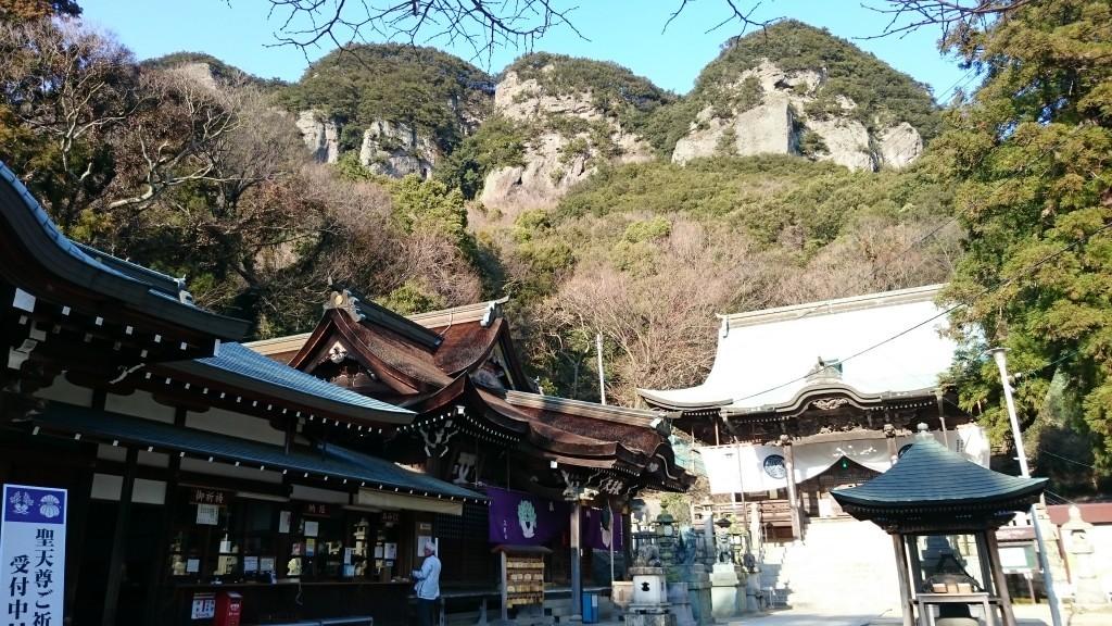 八栗寺 聖天堂 五剣山