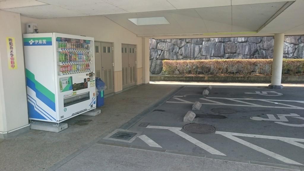 道の駅ながお 駐車場 野宿可能スペース