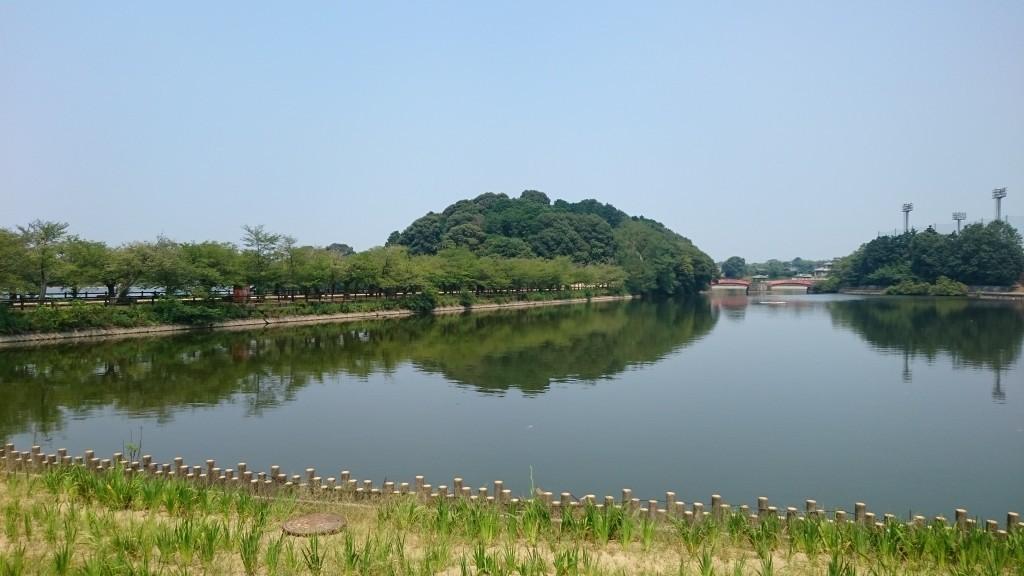 亀鶴公園 宮池 島