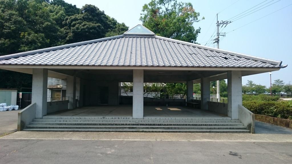 亀鶴公園 東屋 外観