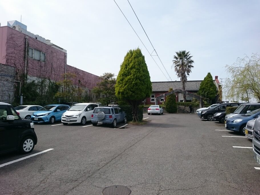 CLUBHOUSE 駐車場