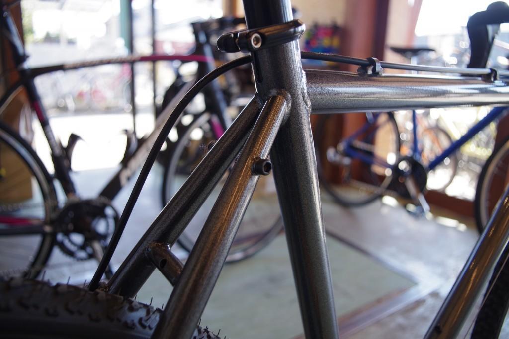 自転車 ダボ穴