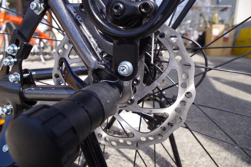自転車 デイスクブレーキ