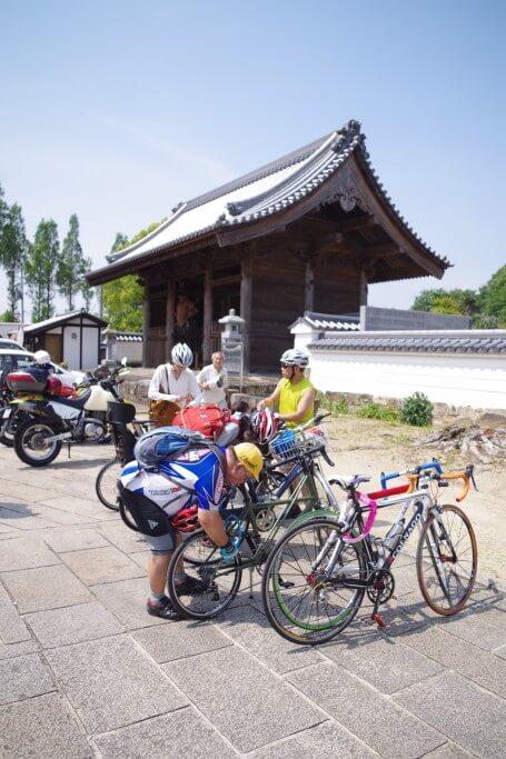 クラウズサイクリング 法然寺到着
