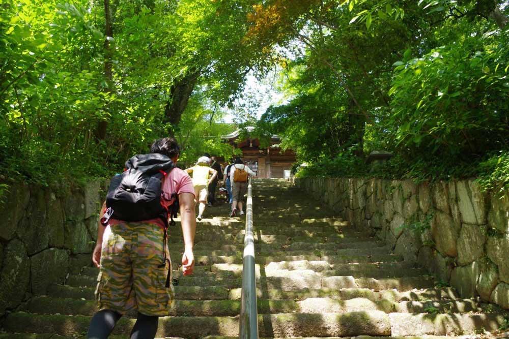 クラウズサイクリング 法然寺階段2