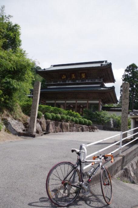 大窪寺への自転車旅 大窪寺入り口
