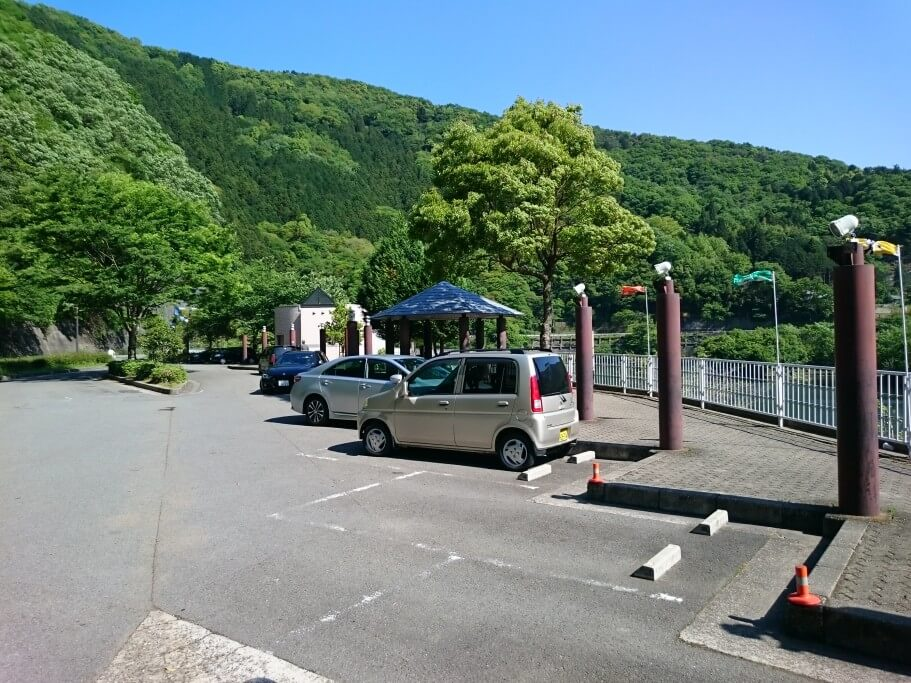 夏子いなか市 駐車場