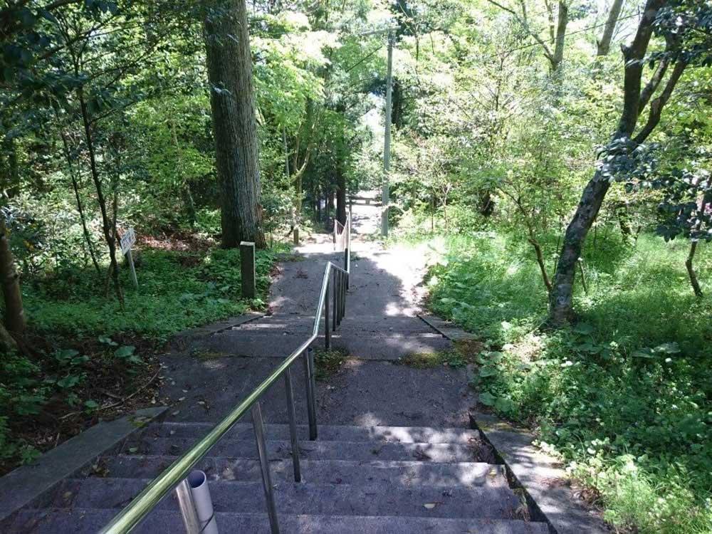大瀧寺から西照神社 階段参道