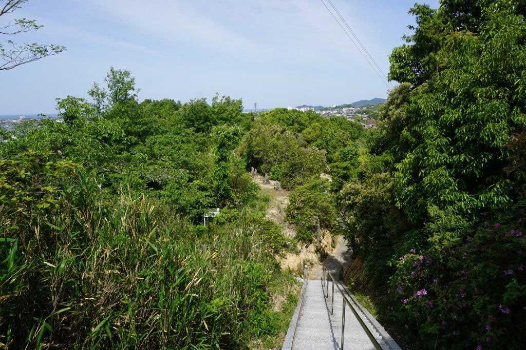 與田寺から見る瀬戸内海