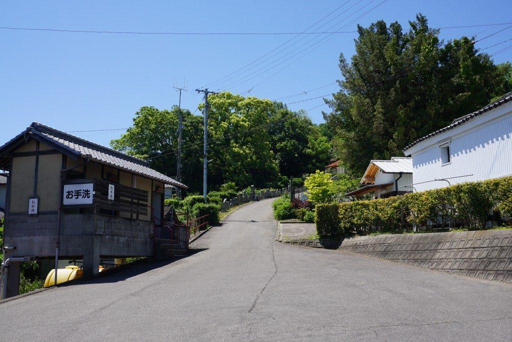 香西寺 駐車場