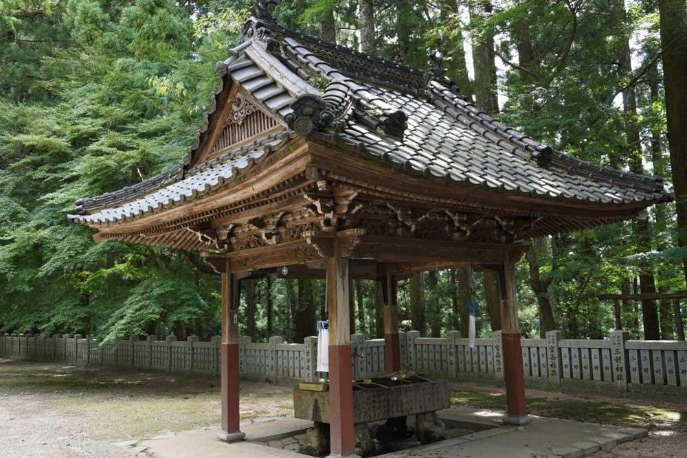 箸蔵寺 手水舎