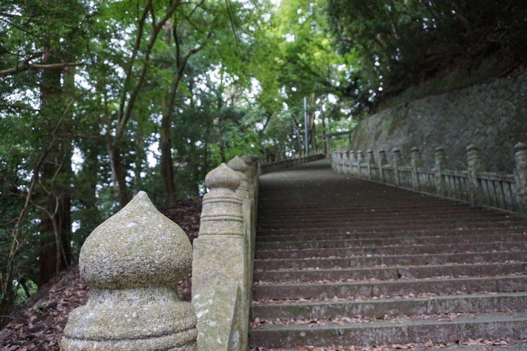箸蔵寺 石段参道 鳥居