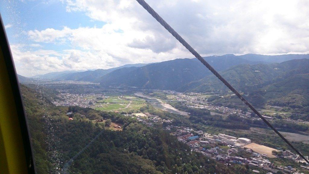 箸蔵山ロープウェイ 吉野川