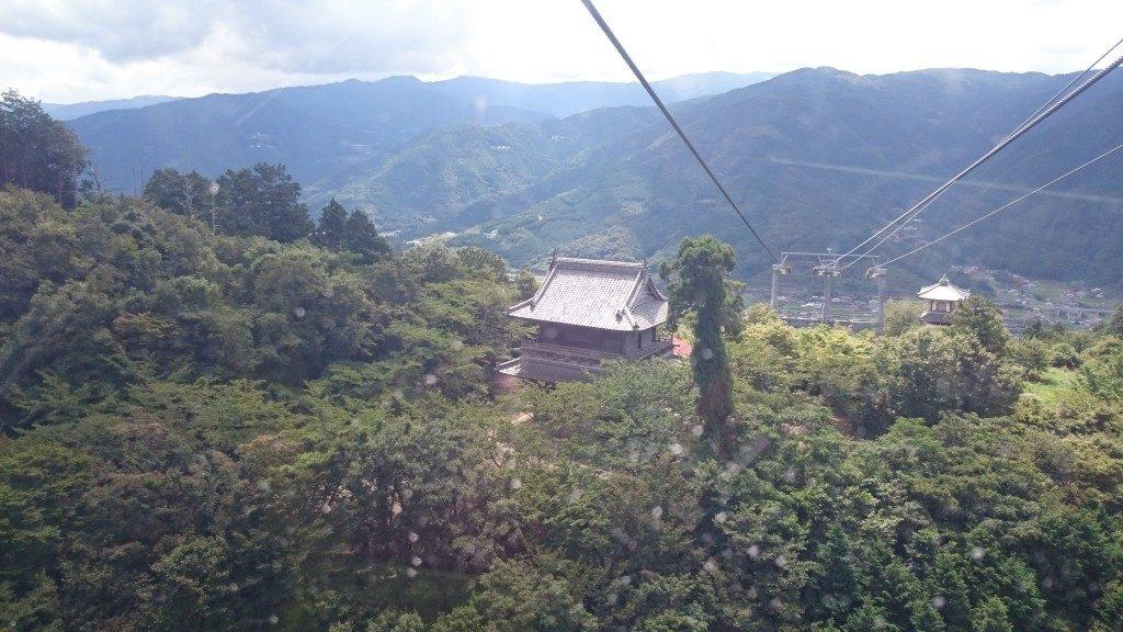 箸蔵山ロープウェイ 箸蔵寺仁王門