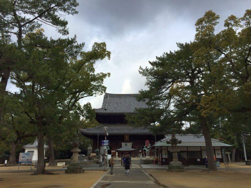 第75番善通寺 金堂(本堂)