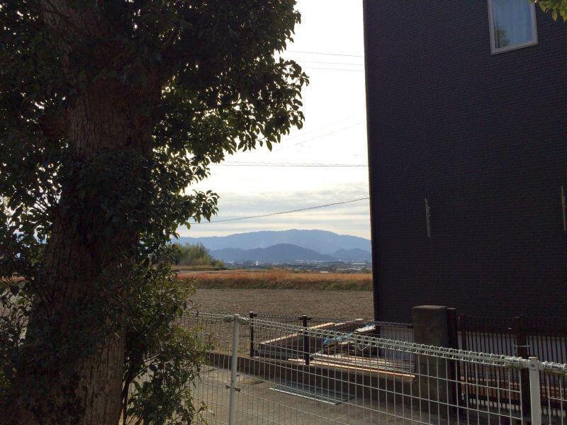 妙音寺から見る雲辺寺山