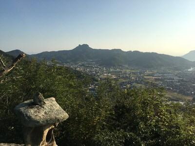 大仙山からのぞむ五剣山