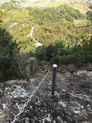 嶽山の岩場