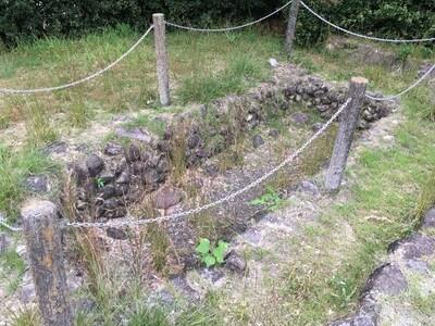 静薬師 周辺古墳の石室