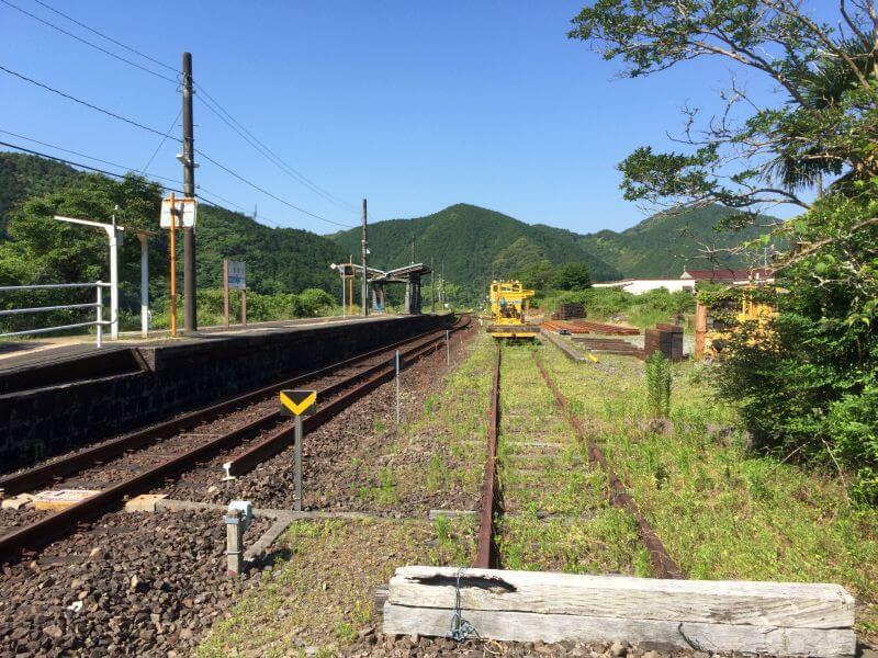 JR土讃線・影野駅 機関車留置跡