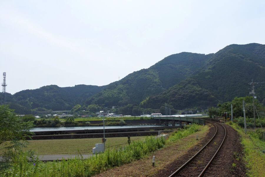 土佐新荘駅 景色