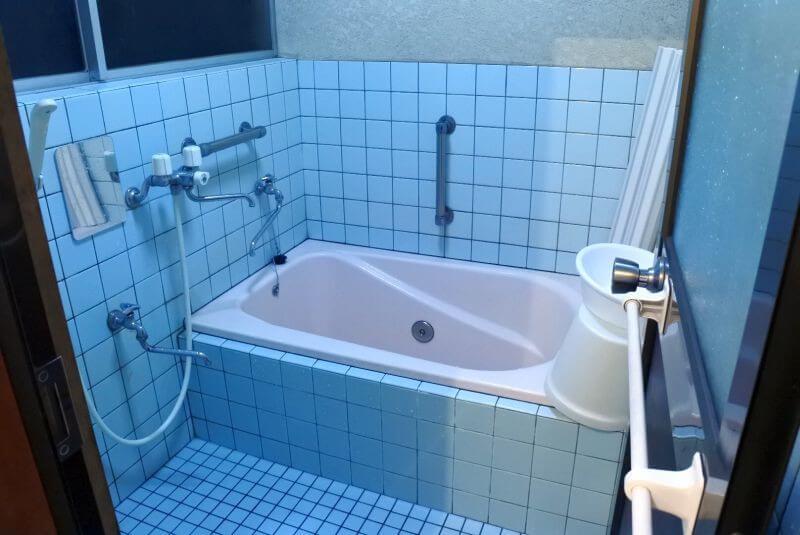 ゲストハウス40010 お風呂
