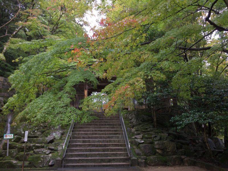 大窪寺 参道 階段