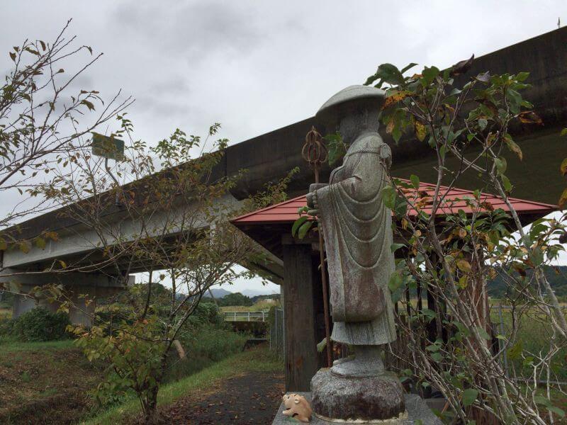 中村宿毛バイパス 地蔵
