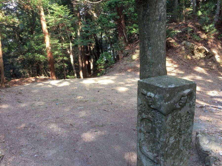 鶴林寺門前 標石