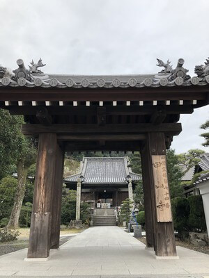 甲山寺 本堂