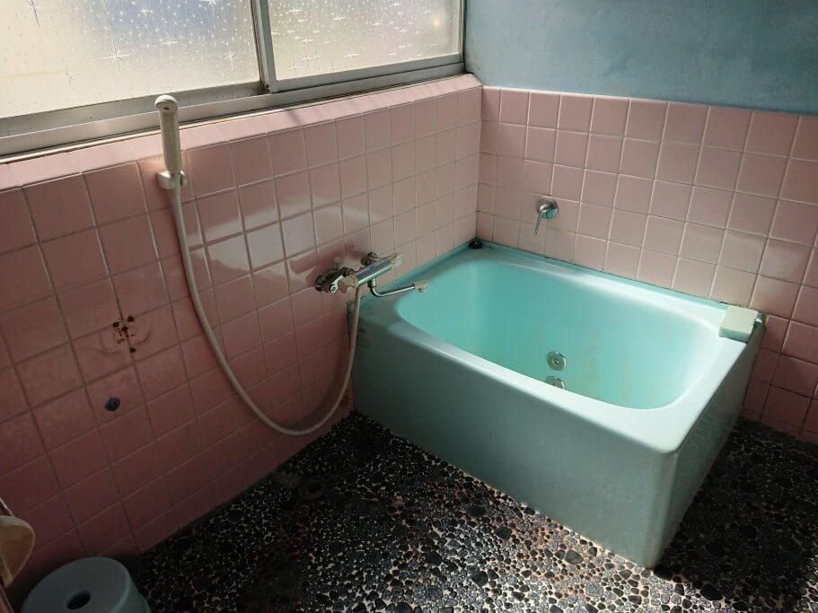 88ALBERGUE シャワー