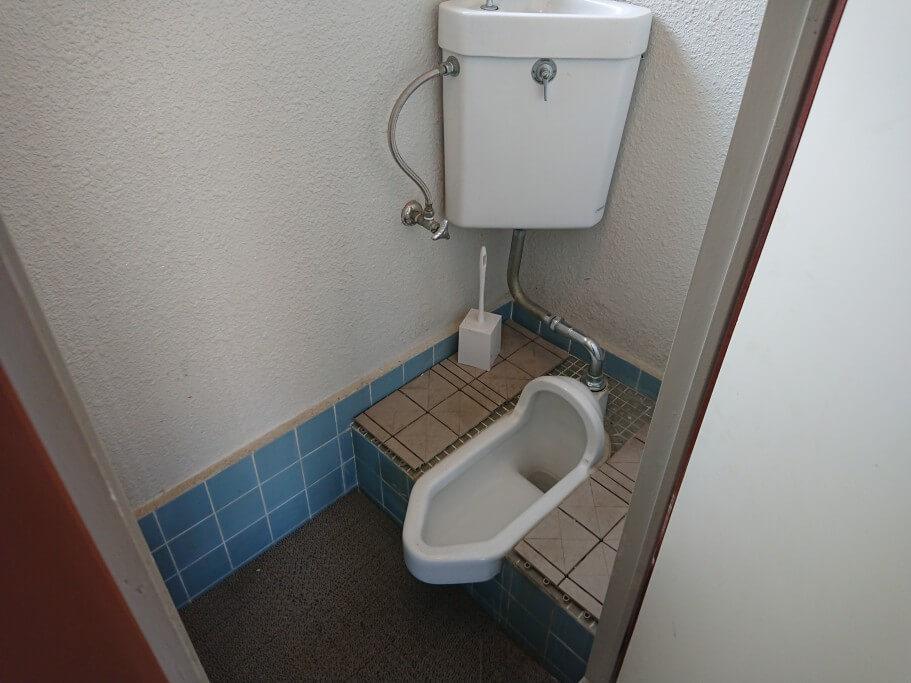 88ALBERGUE 和式トイレ