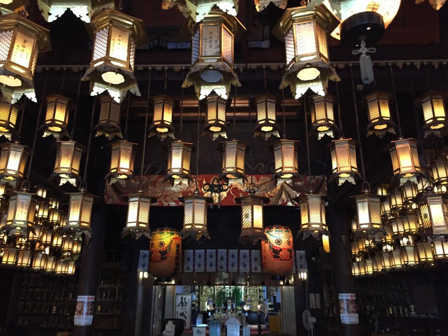 霊山寺 釣り灯篭