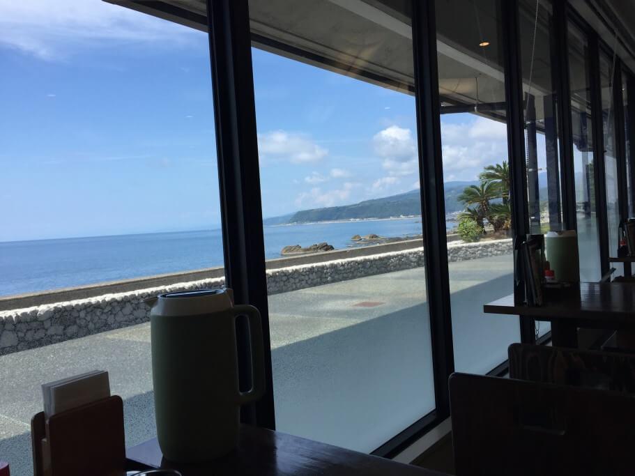 道の駅キラメッセ室戸 鯨の郷 窓からの景色