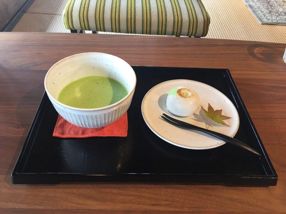 古民家カフェ半平 季節の和菓子と抹茶