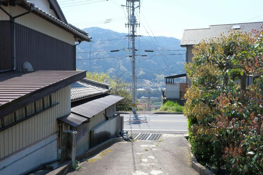 箸蔵寺登山口 標石